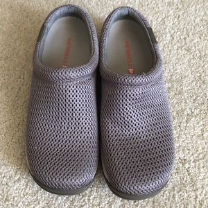 Almost new Merrell slides- priced to sell